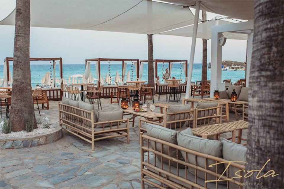 Isola Beach Bar